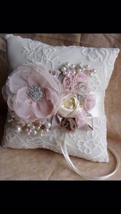 Set Of Gray Shabby Chic Embellishment - maallure Wedding Ring Cushion, Wedding Pillows, Ring Bearer Pillows, Ring Pillows, Shabby Chic Pillows, Shabby Chic Crafts, Manualidades Shabby Chic, Flower Girl Basket, How To Make Pillows