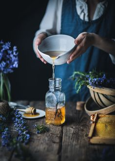 Rosemary Simple Syrup by Eva Kosmas Flores This rosemary simple syrup can be made with either honey or granulated sugar, and adds the most delicious floral and herbal hint to any beverage! Vodka Drinks, Campari Drinks, Cocktails, Cocktail Recipes, Drink Recipes, Beverages, Dinner Recipes, Rosemary Simple Syrup, Clematis Vine