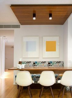 Geo print banquette with floating table and white tripod chairs. Australian interior design firm Wrightson Stewart (formerly Phorm Interiors) Australian Interior Design, Commercial Interior Design, Commercial Interiors, Interior Design Kitchen, Modern Interior Design, American Interior, Contemporary Interior, Modern Art, Stewart