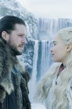 The Dragon Has Three Heads: Why Rhaegal Watched Jon Snow and Daenerys Make Out During the 'Game of Thrones' Premiere theories of thrones Game Of Thrones Theories, Game Of Thrones Facts, Game Of Thrones Quotes, Game Of Thrones Funny, Game Of Thrones Video, Got Theories, Jon Snow Y Daenerys, Dany And Jon, Game Of Thrones Premiere