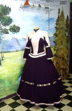 prendas Rio Grande Do Sul, Hijab Fashion, Victorian, Gowns, Costumes, Collections, Beautiful, Dresses, Indian Gowns