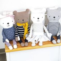 , Patterns & instructions at diy-stoffe. Pet Toys, Kids Toys, Homemade Stuffed Animals, Tilda Toy, Diy Bebe, Baby Sewing Projects, Fabric Toys, Baby Pillows, Sewing Toys