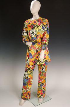 Pant suit, Givenchy Boutique, France, circa 1972, silk.