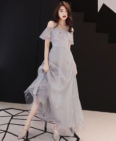 Gray tulle tea length prom dress, gray tulle evening dress - Tea Bridesmaids Gowns Vintage Style, Calf Length Dresses for . Trendy Dresses, Elegant Dresses, Cute Dresses, Vintage Dresses, Beautiful Dresses, Casual Dresses, Short Dresses, Formal Dresses, Casual Clothes