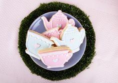 Alice in Wonderland cookie details