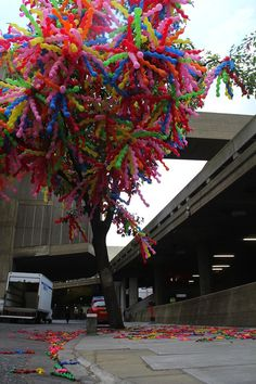 Whimsical Installations Introduce Korean Pop Art to London . balloon tree