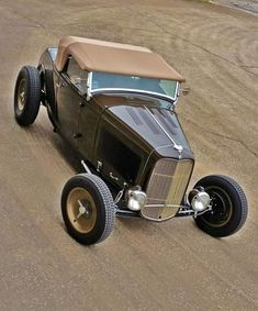 Hotrodjunkie, zeeman57:   1932 Ford Roadster - Hot Rod