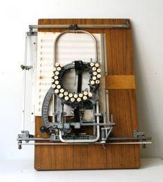 maquina de escribir partituras
