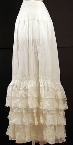 Petticoat Date: 1870–90 Culture: American or European Medium: cotton Dimensions: [no dimensions available] Credit Line: Gift of Miss Irene Lewisohn, 1937 Accession Number: C.I.37.46.108