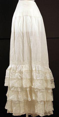 10-11-11  1870-90 Cotton Petticoat with ruffles