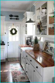 Below are the Cottage Kitchen Design Ideas. This post about Cottage Kitchen Design Ideas was posted under the Kitchen category by our team at February 2019 at am. Hope you enjoy it and don't forget to share this . Small Cottage Kitchen, Cottage Kitchens, New Kitchen, Kitchen Wood, Kitchen Country, Kitchen White, Kitchen Sink, Cheap Kitchen, Kitchen Shelves
