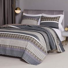 Modern Rustic Plaid Stripes Gray Quilt Set Rustic Bedroom Decor, Standard Pillow, Lodge Decor, Country Bedding, King Size Pillow Shams, Modern Rustic, Bedroom Decor, Bed Cover Sets, Simple Bedroom Decor