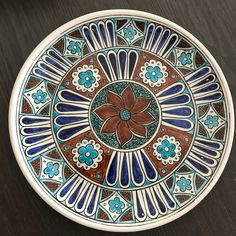Painted Ceramic Plates, Ceramic Painting, Ceramic Pottery, Ceramic Art, Decorative Plates, Tile Art, Serving Dishes, Embroidered Flowers, Design Elements