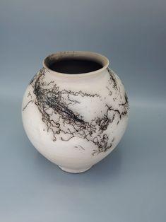 Corolla Wild Horse Hair White Moon Jars – MichaelMiddletonCeramics