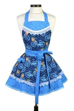 Sweet French bicycles on a beautiful blue background with white lace trims will surely inspire your baking. Blue Lace, White Lace, Retro Apron Patterns, Cute Aprons, Bow, Sewing Aprons, Apron Pockets, Aprons Vintage, Bias Tape