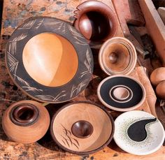 How to Create Decorative Carvings and Edging for Turned Bowl Projects - this is a neat article!