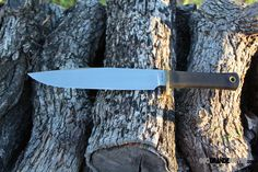 Cold Steel 39L16CT Trail Master. Why buy a Trail Master®? That's simple. Because it is, without a doubt, the most knife for the money ever commercially built. http://www.osograndeknives.com/store/catalog/fixed-blade-bowies/cold-steel-39l16ct-trail-master-185.html