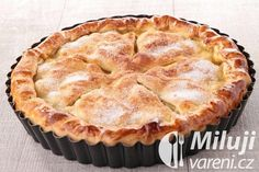 A tender, flaky, and light crust is what often separates a good pie from a great one! In this class, experienced ICE pastry chefs teach you how to make that el. Perfect Pie Crust, Good Pie, Apple Pie Recipes, Polish Recipes, Chocolate Desserts, Food And Drink, Easy Meals, Cooking Recipes, Top Restaurants