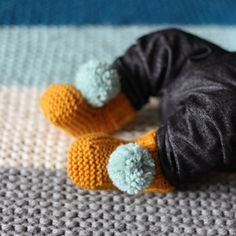 pompom baby booties knitted handmade wool choose by nanoutriko