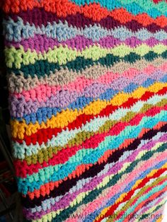 Lazy Waves Crochet Blanket Pattern | AllFreeCrochetAfghanPatterns.com