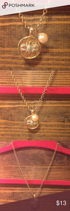 Bee keeper necklace 🐝 Such a cute fashion jewelry necklace!! I love the vintage styled bee and pearl accent! The bee is silver on a hammered gold plate. Has adjustable gold chain! Would make the perfect gift for a bee lover ❤️ Jewelry Necklaces