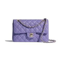 Flap Bags of the Spring-Summer 2020 CHANEL Fashion collection: Grained Calfskin & Gold-Tone Metal, , Purple on the CHANEL official website. 2.55 Chanel, Chanel Fashion, Fashion Bags, Fashion Handbags, Chanel Bags, Fashion Fashion, Fashion Trends, Chanel Handbags 2017, Burberry Handbags