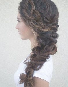 winter wedding hair 40 Fall Wedding Hair Ideas That Are Positively Swoon-Worthy Braided Hairstyles For Wedding, Bride Hairstyles, Down Hairstyles, Winter Wedding Hairstyles, Celebrity Hairstyles, Side Braid Wedding, Wedding Braids, Wedding Veil, Bridesmaid Hair Half Up