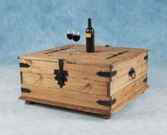 Corona Double storage chest/coffee table