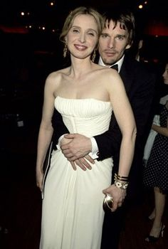 Ethan Hawke y Julie Delpy Before Trilogy, Tv Show Couples, Celebrity Film, Julie Delpy, Ethan Hawke, Before Midnight, French Actress, Romantic Movies, Movies