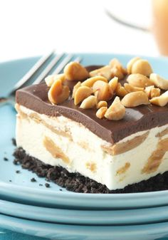 OREO Frozen Peanut Butter Dessert – Here's a delicious frozen dessert made with vanilla ice cream, creamy peanut butter, chunks of chocolate and a finely crushed cookie crust.