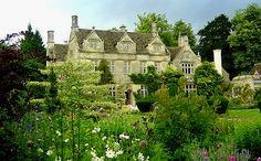 englishcountryhousegoncourt — pagewoman:     Barnsley House, Cotswolds,...