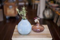 🏺J A R R O N E S🏺 #Jarroncitos de #ceramica y de #vidrio..... 💟¡¡¡No podemos vivir sin ellos!!!💖***📦Envíos: dottdonosti@gmail.com📦*** #cosasbonitas#ceramicart#ceramics#pottery#poreclain#handmade #sculpture