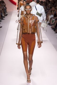 Fendi spring summer 2019 ready to wear-ready woman vogue runway biker shorts trend - read the spring summer 2019 trends fashion week coverage on Fashion For Petite Women, Womens Fashion For Work, Trendy Fashion, Fashion Show, Ladies Fashion, Fashion Brands, Feminine Fashion, Fashion Websites, Fashion Stores