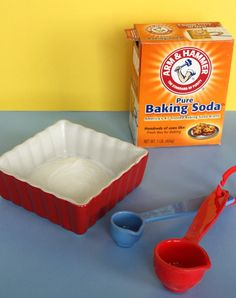 3 tablespoons of baking soda and 1 tablespoon of water  Mix well.   Apply baking soda mask to face in a thin later all over your face.  Repeat once the bottom layer is dry.  Let baking soda mask dry 15 mins.      Once the face mask is dry, wash it off with warm water and a washcloth until you get all the baking soda off your face.  dries out the skin so put some moisture back