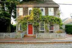Nantucket houses had cedar siding which wasn't painted until the 20th century.