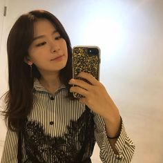 Find images and videos about kpop, red velvet and seulgi on We Heart It - the app to get lost in what you love. Kpop Girl Groups, Korean Girl Groups, Kpop Girls, Red Velvet Seulgi, Red Velvet Irene, Park Sooyoung, Beige Aesthetic, Kpop Aesthetic, Kang Seulgi