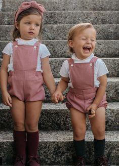 Marta Ussía Baby Girl Fashion, Toddler Fashion, Toddler Outfits, Baby Boy Outfits, Kids Outfits, Kids Fashion, Cute Kids, Cute Babies, Baby Kids
