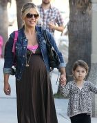 Sarah Michelle Gellar with daughter Charlotte and baby on board!! She really looks like Daddy Freddie Prinze Jr - her coloring, hair and facial features!