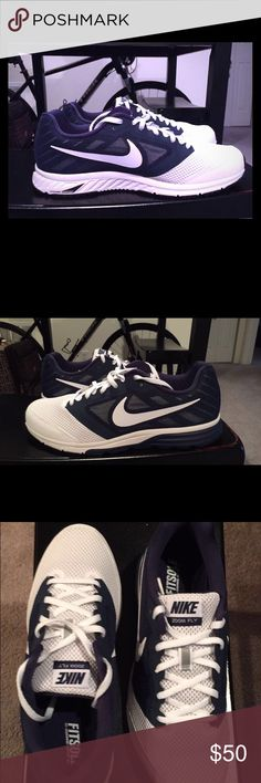 Nike zoom Fly team sneakers 9.5 men's navy and white. New. Never worn. Nike Shoes Athletic Shoes