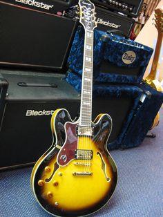 Epiphone Sheraton LEFT HAND Vintage Sunburst Electric Guitar