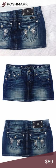 """• Miss Me • Denim Skirt Miss Me denim skirt with gorgeous wing detail on back pockets. 98% cotton. 2% spandex. Please see measurement for fit.   \\ Waist 14.5""""  \\ Length 11.5"""" Miss Me Skirts Mini"""
