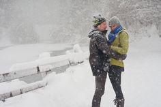 Im Schnee mit Loden. Canada Goose Jackets, Winter Jackets, Snow, Outdoor, Winter Coats, Outdoors, Outdoor Games, Human Eye
