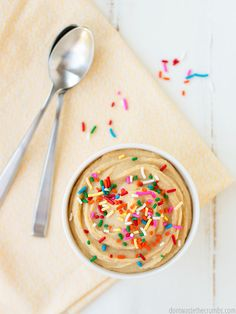 This cake batter hummus recipe is like a healthy cake batter dip. My kids like it just as much as cookie dough hummus, and they're both so easy to make! Healthy Cake, Healthy Dessert Recipes, Vegan Desserts, Real Food Recipes, Vegetarian Recipes, Diabetic Snacks, Healthy Snacks, Healthy Eating, Bean Recipes
