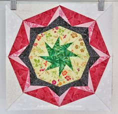 With my yesterday afternoon marathon sewing I am all caught up with the Lucky Stars BOM Hurray! Lucky Star, Tree Skirts, October, Christmas Tree, Stars, Holiday Decor, Teal Christmas Tree, Xmas Trees, Sterne