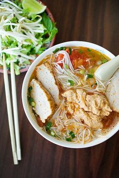 This is my most favorite noodle dish! Vietnamese Bun Rieu Crab Noodle Soup The Ravenous Couple Think Food, I Love Food, Good Food, Soup Recipes, Cooking Recipes, Tai Food Recipes, Viet Food, Asian Soup, Vietnamese Cuisine