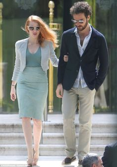 Jessica Chastain went down the steps of the Eden Roc Hotel with boyfriend Gian Luca Passi de Preposulo on May 21, 2013.