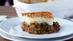 This incredibly popular pie, also known as cottage pie, is one of the richest and most glorious dishes ever invented. The traditional version is of course non-vegan, meaning we had to veganise it. …