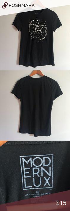 NWT Modern Lux Women/'s Short Sleeve One In A Billion Star Graphic T-Shirt
