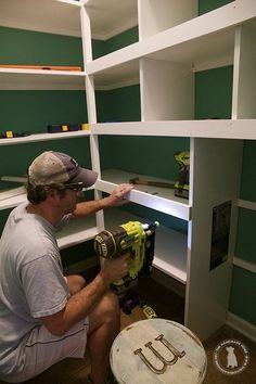 how to build pantry shelves - easy step by step tutorial - - A simple and easy tutorial on how to build pantry shelves.Tansform your pantry and your life with this easy tutorial and supply list. Pantry Room, Corner Pantry, Pantry Closet, Walk In Pantry, Closet Space, Pantry Shelving, Pantry Storage, Closet Shelves, Pantry Organization