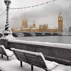Funny pictures about London In Winter. Oh, and cool pics about London In Winter. Also, London In Winter photos. Oh The Places You'll Go, Places To Travel, Places To Visit, Beautiful World, Beautiful Places, Beautiful London, Wonderful Places, Amazing Places, London Snow